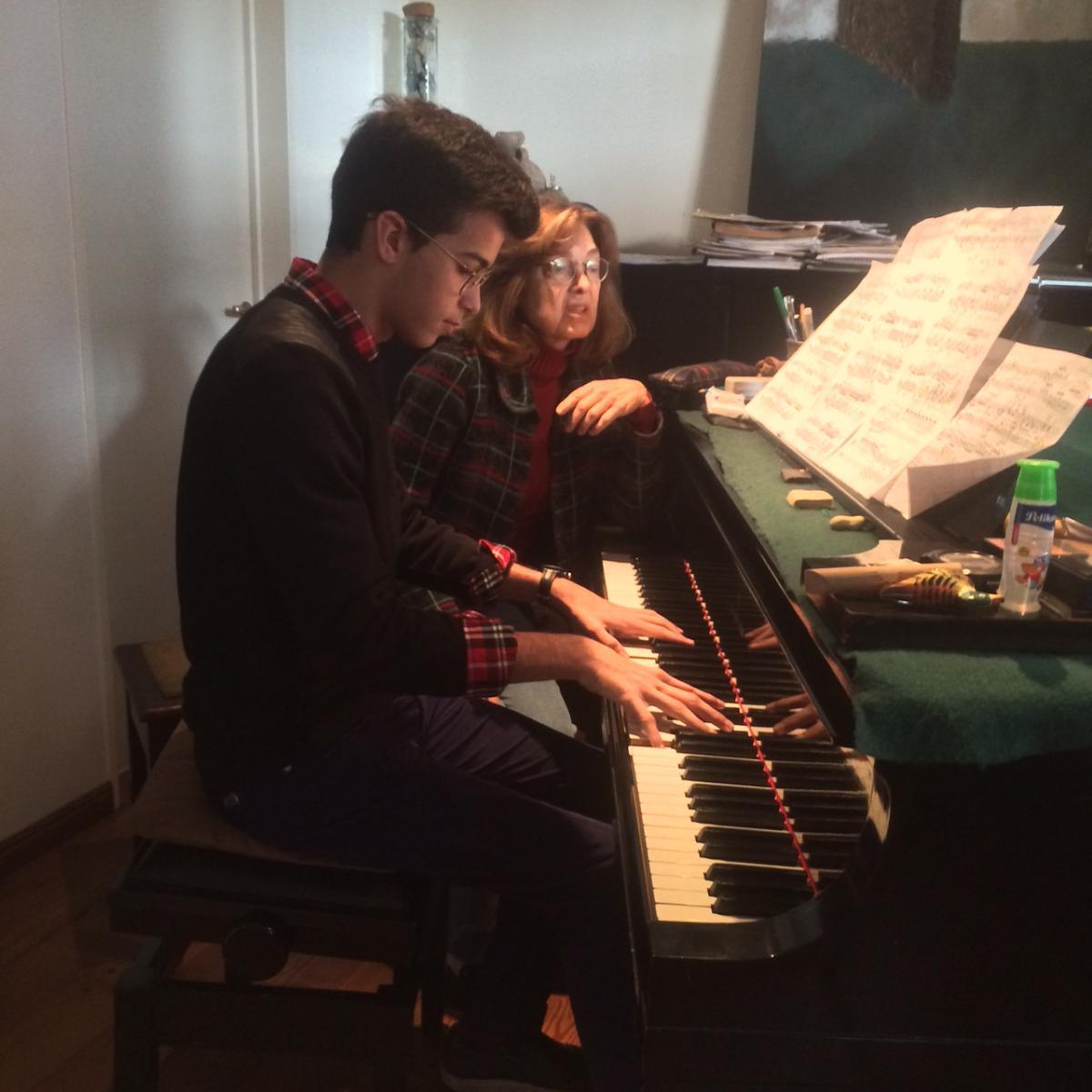 Clases de Piano para adolescentes